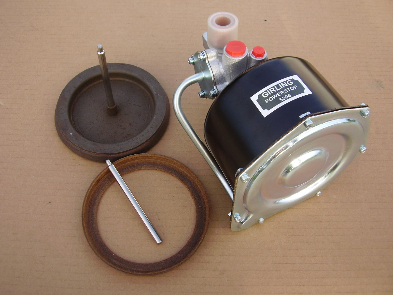 Girling Mk2a 5,1/2″ Remote Servo New Vacuum Piston & Leather Seal Exchange